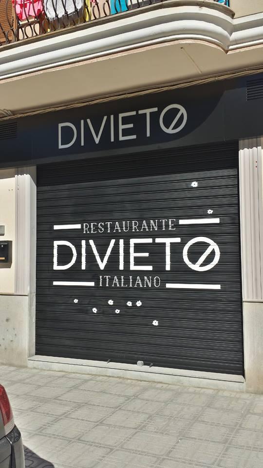 Restaurante italiano DIVIETO
